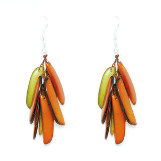 Boucles d'oreilles graines de tagua flamme pistache et corail - Tagua and Co 005