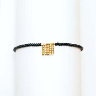 Bracelet fin gold-filled 14K perles noires et plaqué or - Massaï Sidai Designs 001