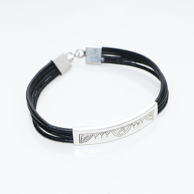 Bracelet touareg rectangle argent 925 cordon cuir noir - Niger 011