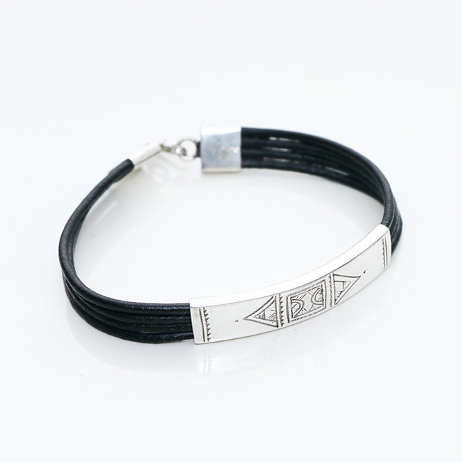 Bracelet touareg rectangle argent 925 cordon cuir noir - Niger 004