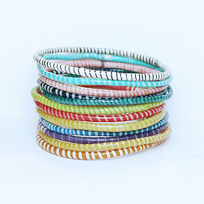 Lot de 12 bracelets Jokko en plastique recyclé mix Multicolore - Mali 040