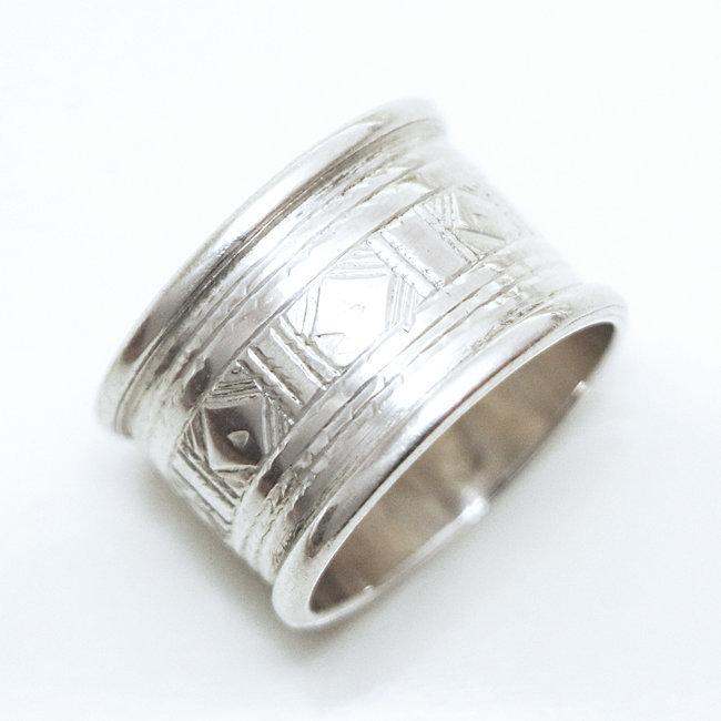 410e44d5507fde Bague touareg anneau-alliance large losange argent 925 - Niger 161. Bijoux  ethniques ...