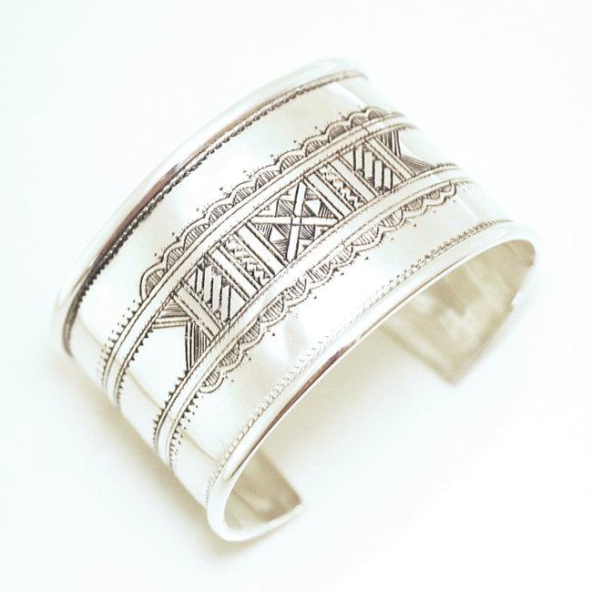 meilleur site web 5fd53 1ad8a Bracelet touareg argent 925 manchette large plat - Niger 056